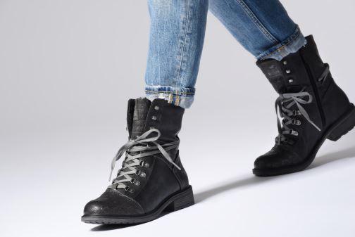 Boots en enkellaarsjes Mustang shoes 124611 Blauw onder