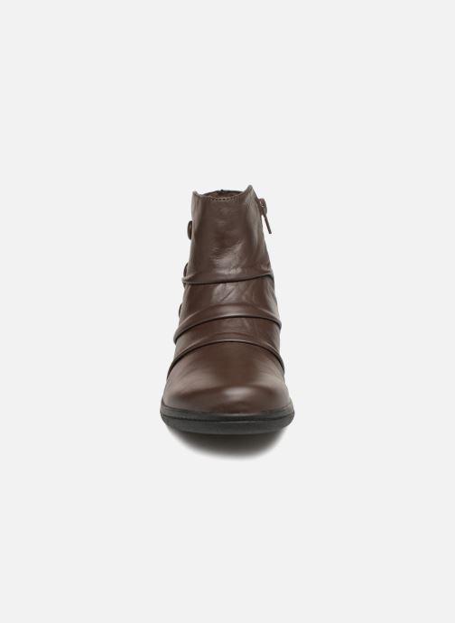 Bottines et boots Clarks Cheyn Anne Marron vue portées chaussures