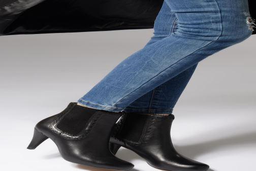 Bottines et boots Clarks Dalia Bella Gris vue bas / vue portée sac