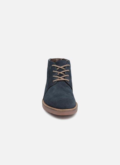 Bottines et boots Clarks Grandin Mid Bleu vue portées chaussures