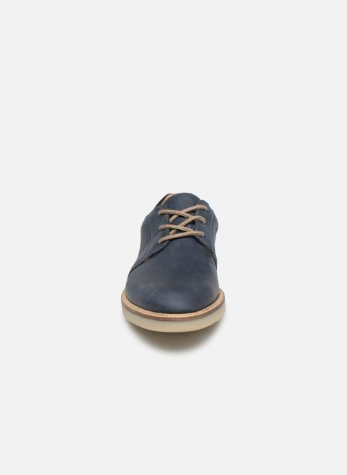Zapatos con cordones Clarks Grandin Plain Azul vista del modelo