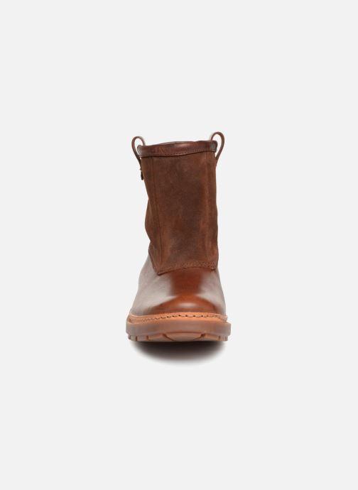 Bottines et boots Clarks Trace Top Marron vue portées chaussures