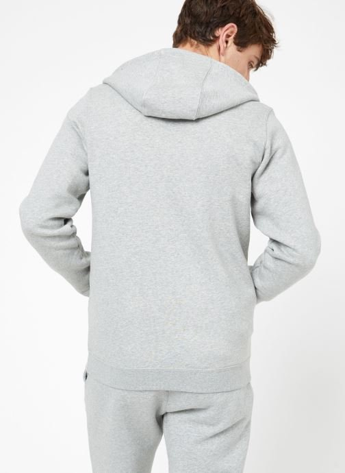 Vêtements Nike M Nike Sportwear Club Hoodie Full Zip Gris vue portées chaussures