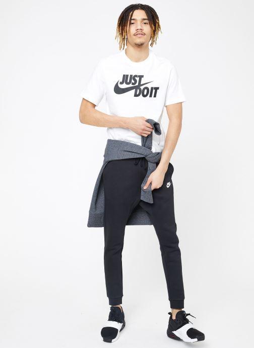 Vêtements Nike M Nike Sportwear Club Joggers Noir vue bas / vue portée sac
