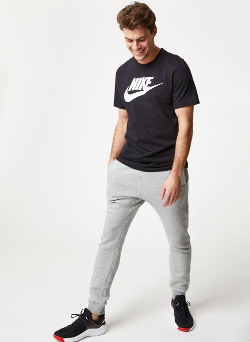 Vêtements Nike M Nike Sportwear Club Joggers Gris vue bas / vue portée sac
