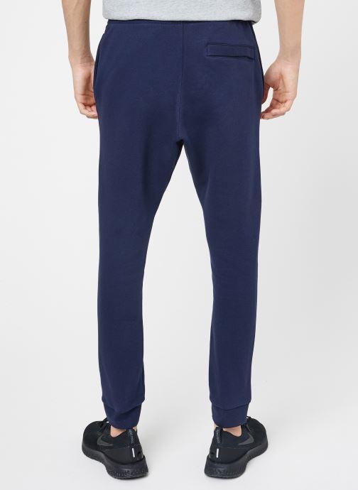 Vêtements Nike M Nike Sportwear Club Joggers Bleu vue portées chaussures