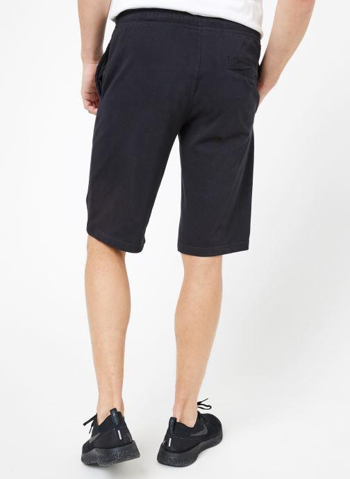 Vêtements Nike M Nike Sportwear Club Short Jersey Noir vue portées chaussures