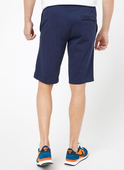 Vêtements Nike M Nike Sportwear Club Short Jersey Bleu vue portées chaussures