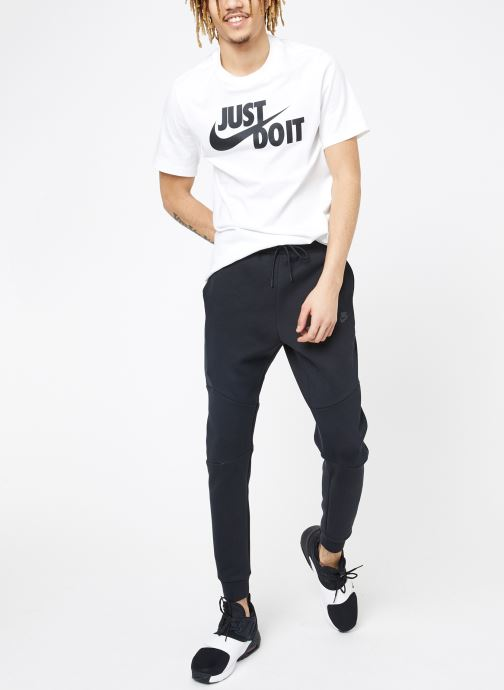 Vêtements Nike M Nike Sportwear Tech Fleece Jogger Noir vue bas / vue portée sac