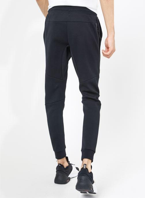 Vêtements Nike M Nike Sportwear Tech Fleece Jogger Noir vue portées chaussures