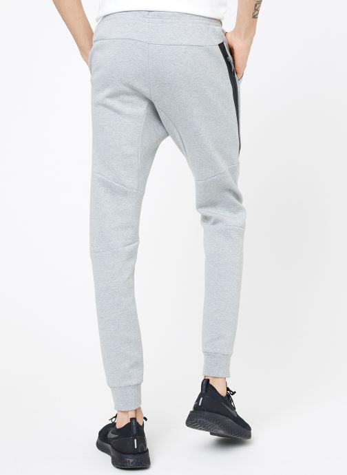Vêtements Nike M Nike Sportwear Tech Fleece Jogger Gris vue portées chaussures