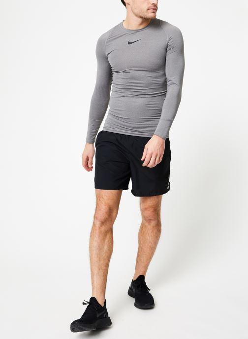 Tøj Nike M  Nike Pro Top Long-Sleeve Comp Grå se forneden