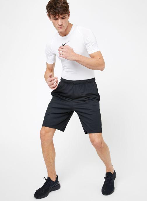 Vêtements Nike M Nike Dry Short 4.0 Noir vue bas / vue portée sac