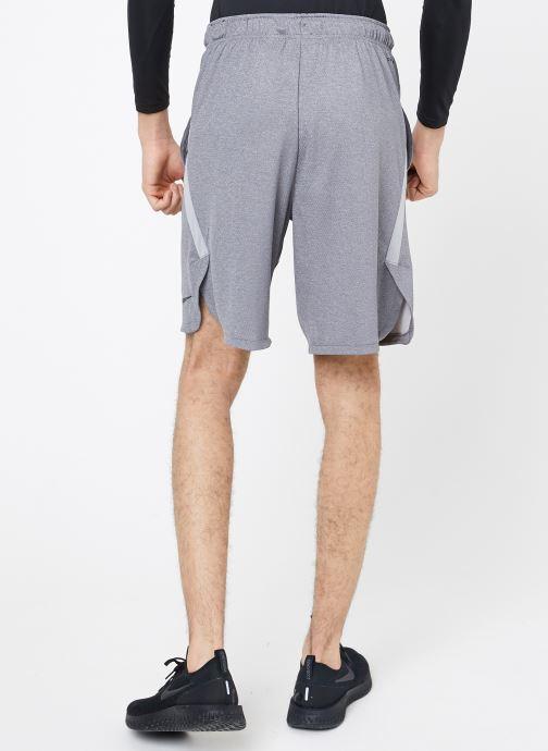 Vêtements Nike M Nike Dry Short 4.0 Gris vue portées chaussures