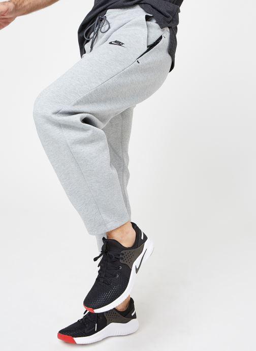 Tøj Nike M Nike Sportwear Tech Fleece Pant Oh Grå detaljeret billede af skoene