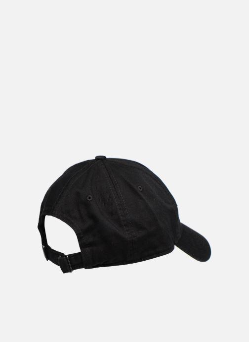 Gorra Nike U Nike Heritage 86 Cap Essential Swoosh Negro vista del modelo