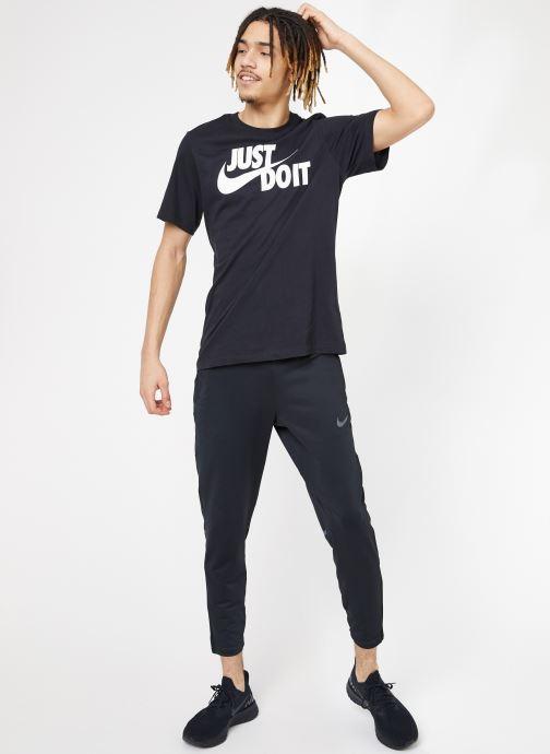 Vêtements Nike M Nike Phnm Pant 2 Noir vue bas / vue portée sac