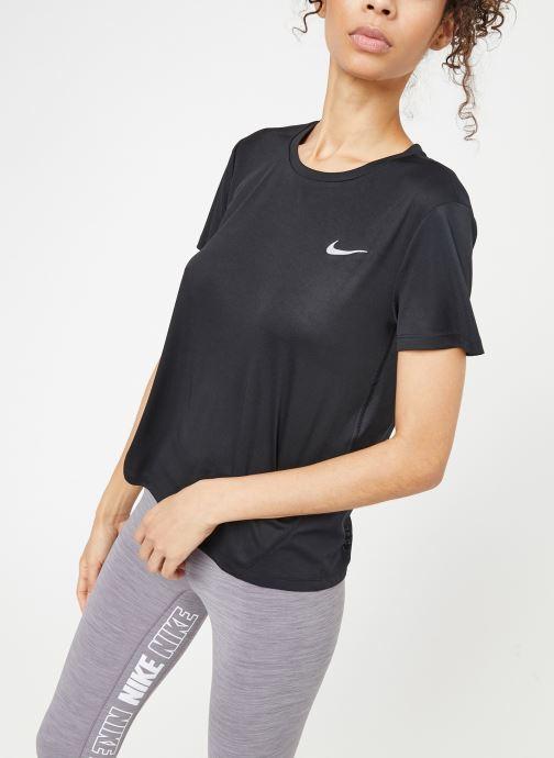 Kleding Nike W Nike Miler Top Short-Sleeve Zwart detail