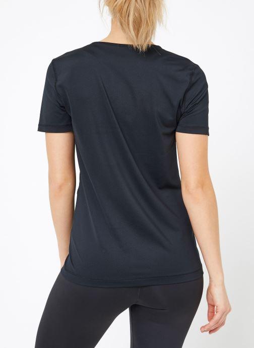 Vêtements Nike W  Nike Pro Top Short-Sleeve All Over Mesh Noir vue portées chaussures