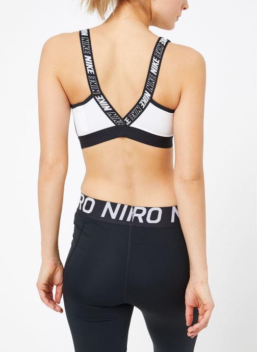 Ropa Nike Nike Sport District ClaShort-Sleeveic Bra Blanco vista del modelo