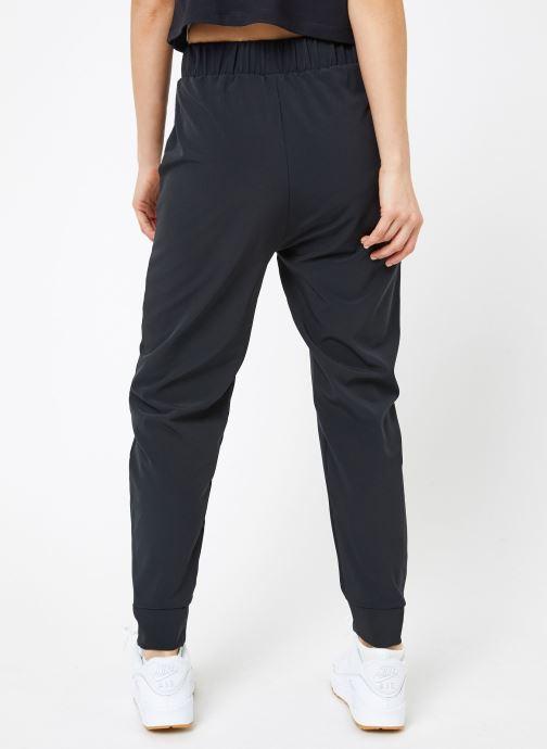 Kleding Nike W Nike BliShort-Sleeve Vctry Pant Zwart model