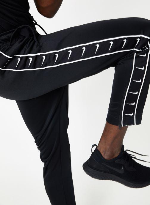 Tøj Nike M Nike Sportwear Hbr Pant Pk Stmt Sort detaljeret billede af skoene