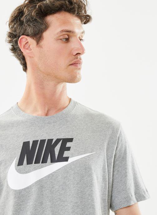 Tøj Nike M Nike Sportwear Tee Icon Futura Grå se forfra