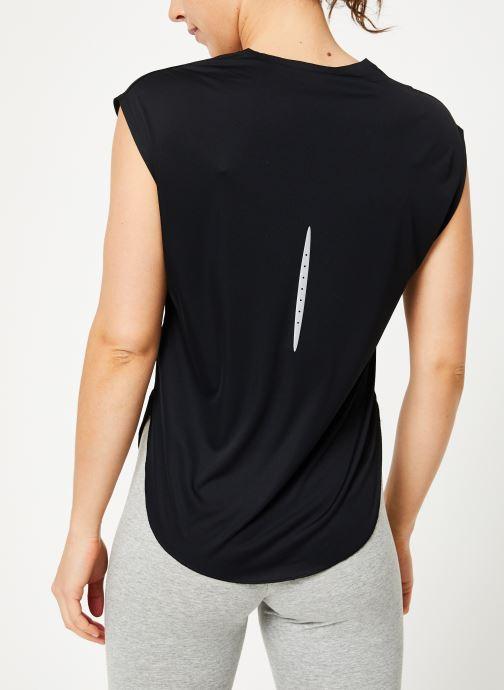 Kleding Nike W Nike City Sleek Top Short-Sleeve Zwart model