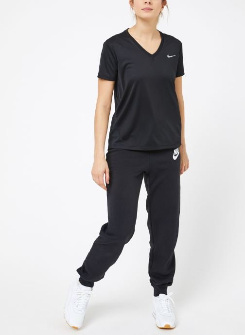 Vêtements Nike W Nike Miler Top Vneck Noir vue bas / vue portée sac