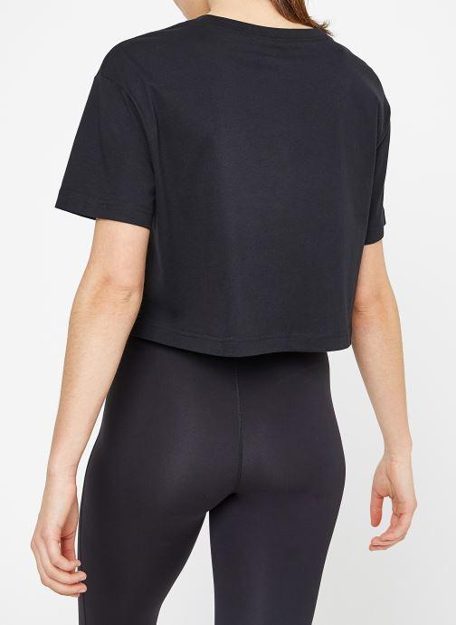 Abbigliamento Nike W Nike Sportwear Tee Essential Crp Icn Ftra Nero modello indossato