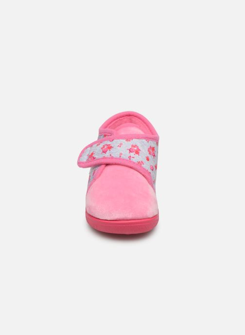 Pantofole Rondinaud Rony Rosa modello indossato