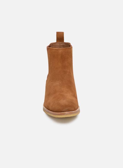 Bottines et boots Clarks Originals Amara Chelsea Marron vue portées chaussures