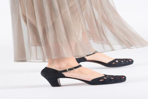 Sandales et nu-pieds Chie Mihara Ni-Irma Bleu vue bas / vue portée sac
