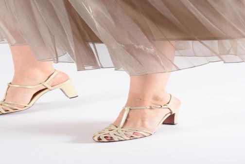 Zapatos de tacón Chie Mihara Ku-Quenu Oro y bronce vista de abajo