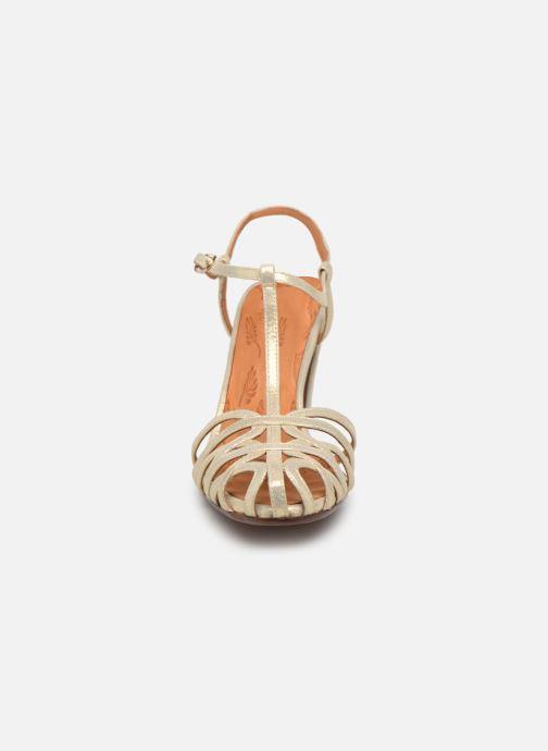 Escarpins Chie Mihara Ku-Quenu Or et bronze vue portées chaussures