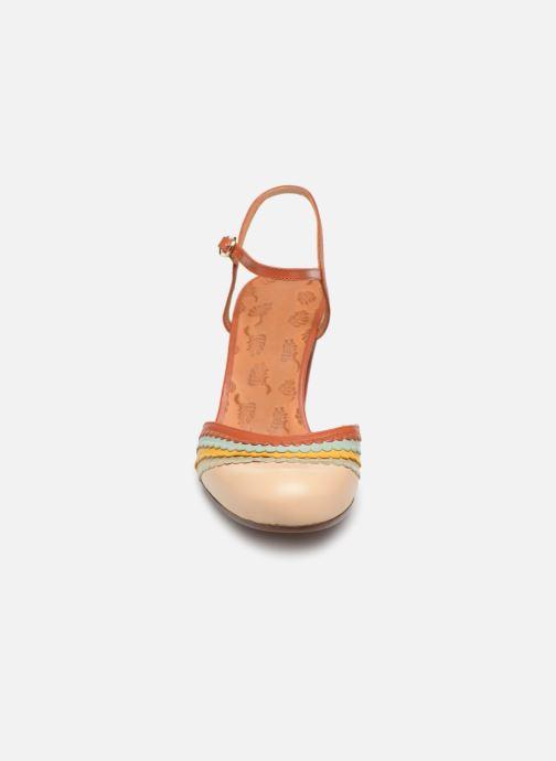 Sandales et nu-pieds Chie Mihara Kudi Marron vue portées chaussures