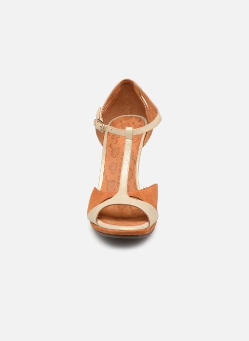 Escarpins Chie Mihara Acai Marron vue portées chaussures