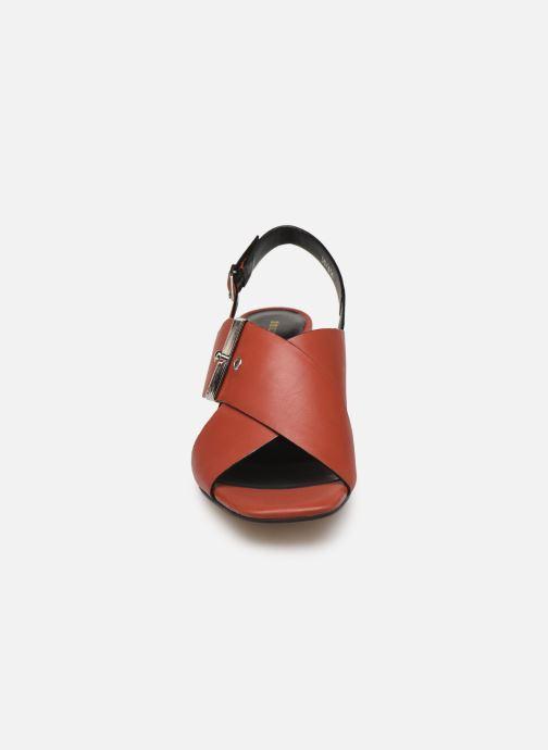 Sandali e scarpe aperte Bruno Premi BW0702N Rosso modello indossato