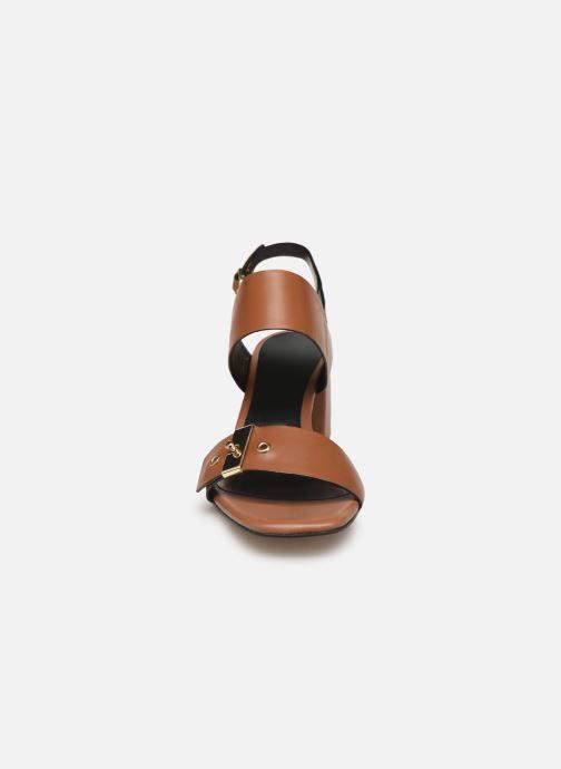 Sandales et nu-pieds Bruno Premi BW0701P Marron vue portées chaussures