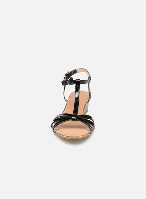 Sandales et nu-pieds Georgia Rose Lobow Noir vue portées chaussures