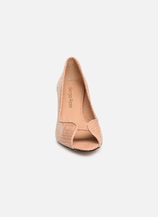 Zapatos de tacón Georgia Rose Azenora Beige vista del modelo