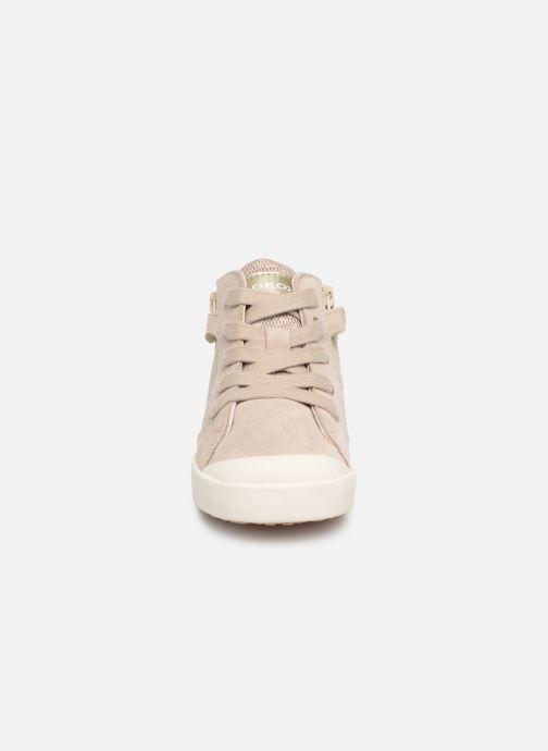 Baskets Geox B Kilwi Girl B92D5G Beige vue portées chaussures
