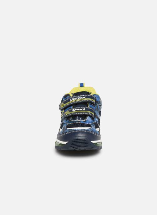 Baskets Geox J Android Boy J9244C Bleu vue portées chaussures