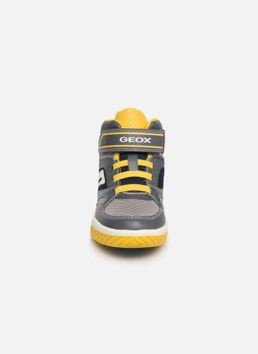 Sneakers Geox J Inek Boy J929CA Grijs model