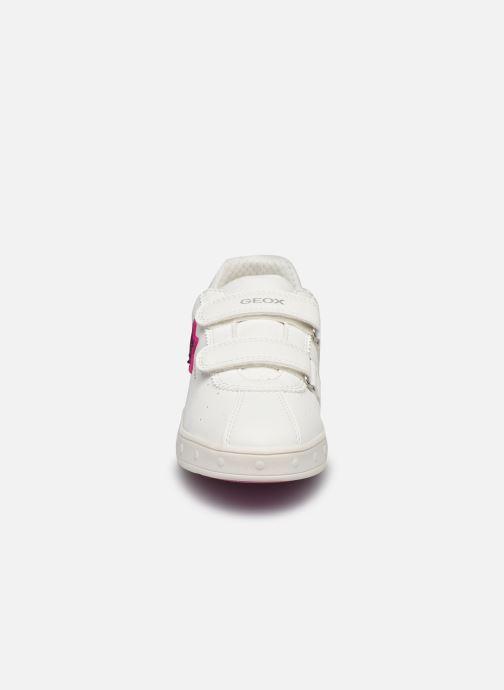 Sneaker Geox J Skylin Girl J928WC weiß schuhe getragen
