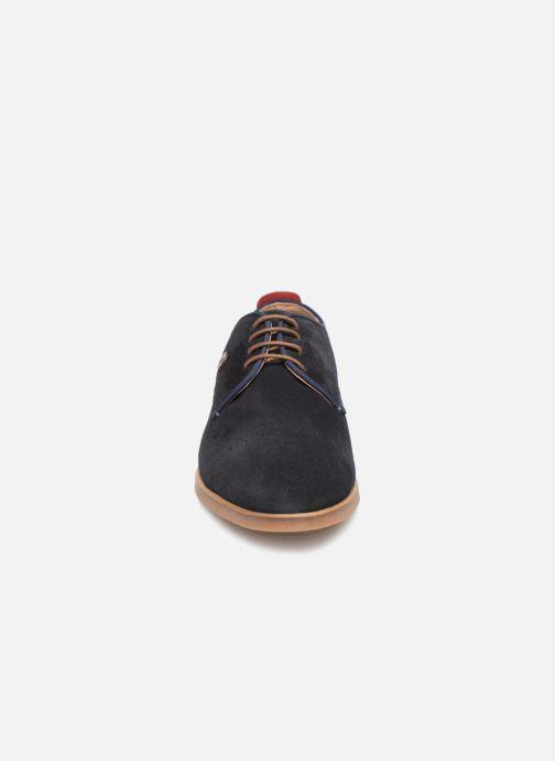 Zapatos con cordones Faguo Rosh Azul vista del modelo