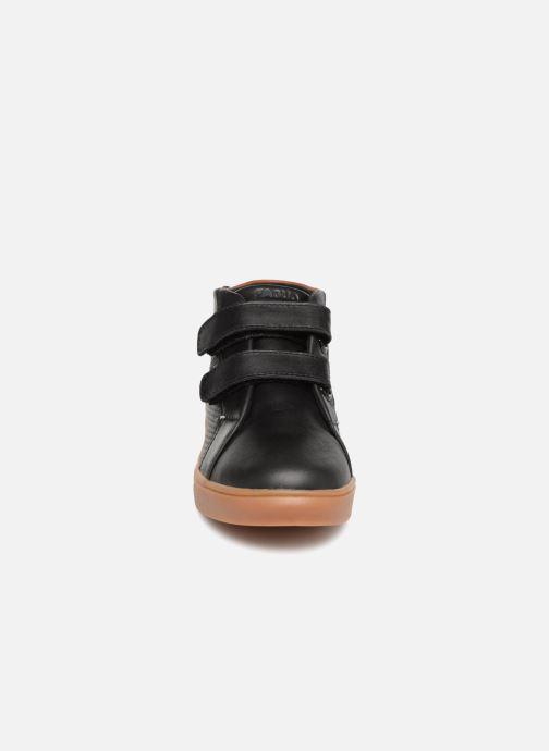 Baskets Faguo AspenV Noir vue portées chaussures