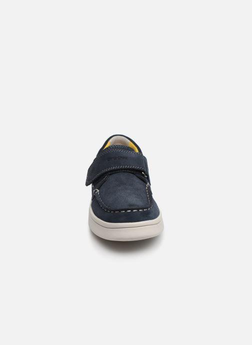 Chaussures à scratch Geox J Djrock Boy J925VC Bleu vue portées chaussures