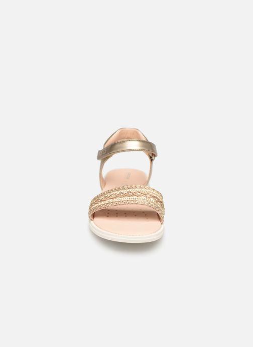 Sandales et nu-pieds Geox J Sandal Karly Girl J9235G Or et bronze vue portées chaussures