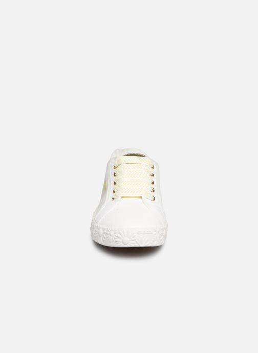 Baskets Geox Jr Ciak Girl J9204K Blanc vue portées chaussures